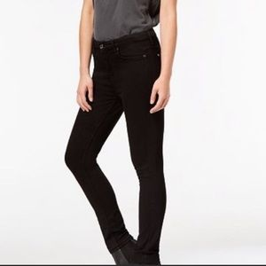 7FAM Slim Illusion Luxe High Waist Skinny Jeans